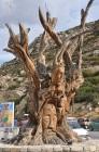 Matala koyunda hippi ağacı