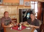 Yerel Çek lokantasında yemek