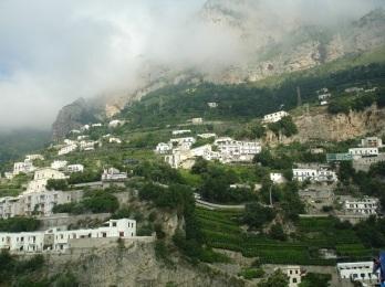 Amalfi'de şaraplık üzüm bağları