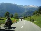 Dağ yolu, motorcular ve Alpler