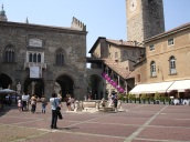 Piazza Vecchia, Bergamo