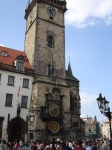 Prag, eski şehirde saat kulesi