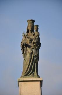 Amalfi' de Meryem ana heykeli