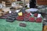 Strasbourg, açık pazarda berry'ler