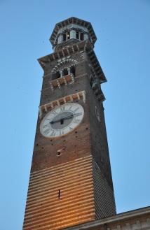 Verona saat kulesi