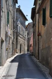 Otricoli köyü dar sokakları