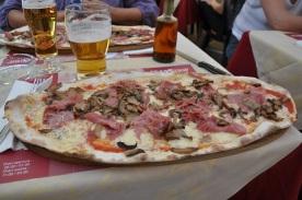 Lugano' da prochutto'lu piza