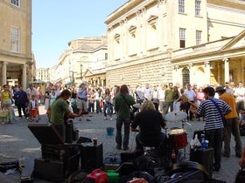 Bath' da sokak konseri