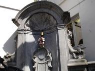 Manneken Pis heykeli