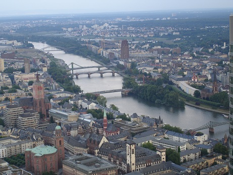 Frankfurt ve Main nehri