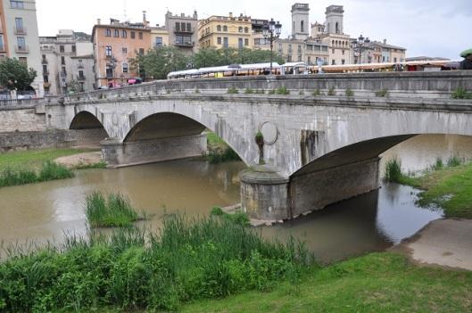 Pedra köprüsü