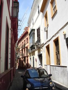 Sevila'nın dar sokakları