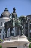 Kral 4.Pedro heykeli