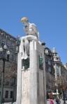 Çıplak heykel, Porto