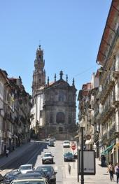Torre dos Clerigos kilisesi