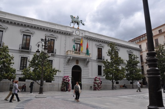 Turizm ofisi binası