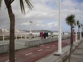 Gijon' da bisiklet yolu