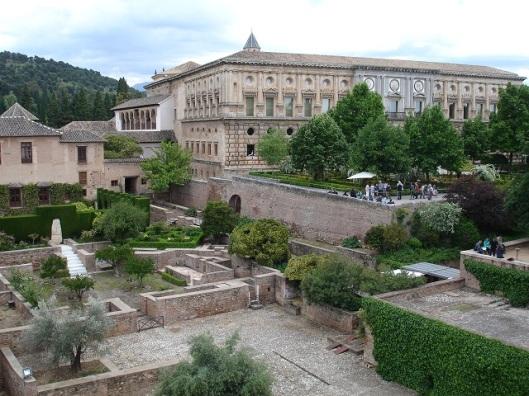 Machuca avlusu ve rönesans sarayı