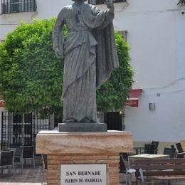 St. Barnabas heykeli