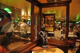 Avrupa meydanında Belçika lokantası