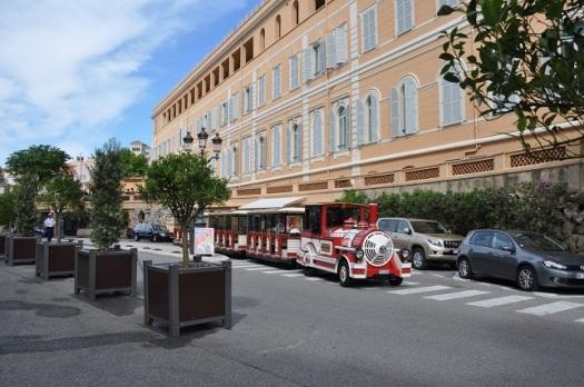 Monaco'da turist treni