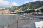 Amalfi yolunda bir plaj