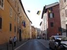 Ana caddelerden bir diğeri