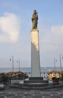 Meryem ana heykeli