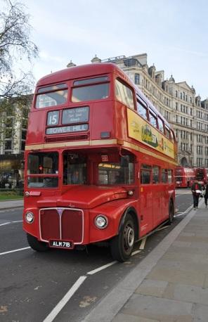 Eski otobüs