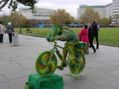 South Bank'te bisikletli