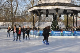 Winter Wonderland'da buz pisti