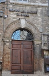 1472 yılında kurulmuş en eski bankanın kapısı