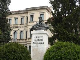 Garibaldi heykeli