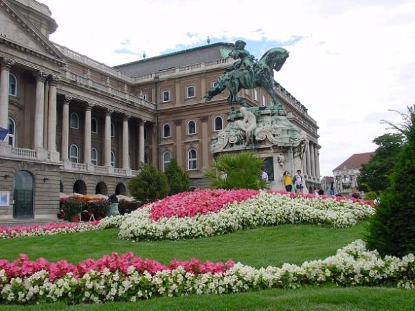 Buda Sarayı bahçesi