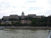 Buda Sarayı, Peşte' den
