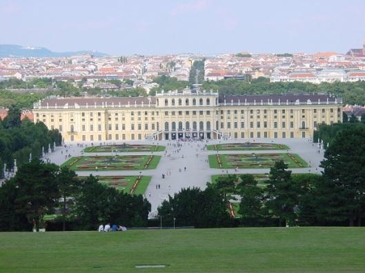Gloriette'den Schonbrunn Sarayı