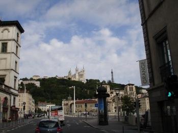 Bazilikanın şehirden görünüşü