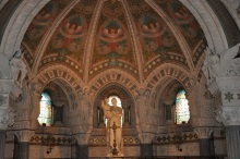 Bazilikanın içi