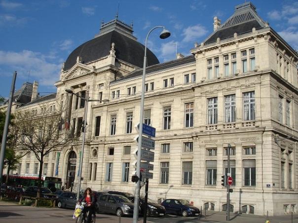 Lyon Üniversitesi