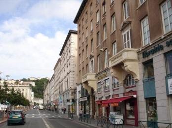 Lyon caddeleri