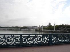 Rhone nehri ve köprüler