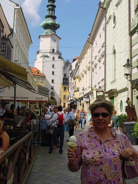 Bratislava`da dondurma