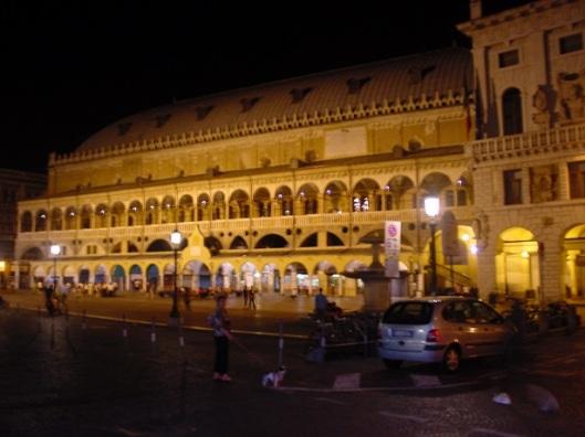 Gece Palazzo della Ragione