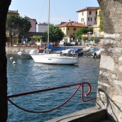 Varenna limanı