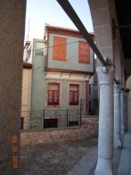 Kilise çevresinde evler