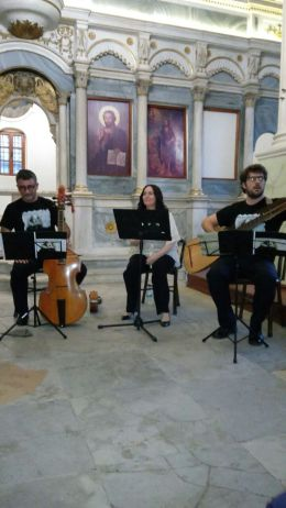 Üç müzisyenler