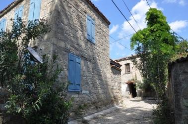 Köy içi