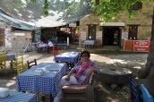 Adatepe köy kahvesinde