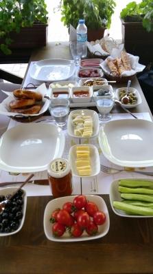 Kahvaltı sofrası-Aspava