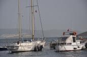 Erdek Limanında tekneler